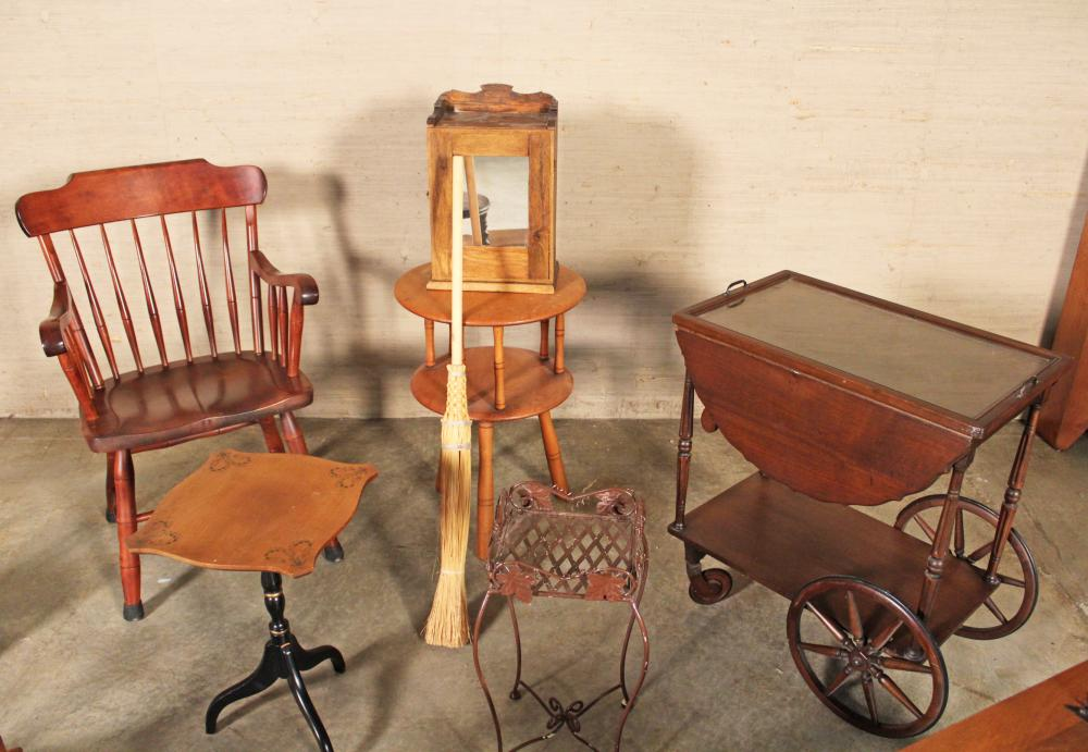 Lot 296: COLLECTION OF AMERICAN FURNITURE