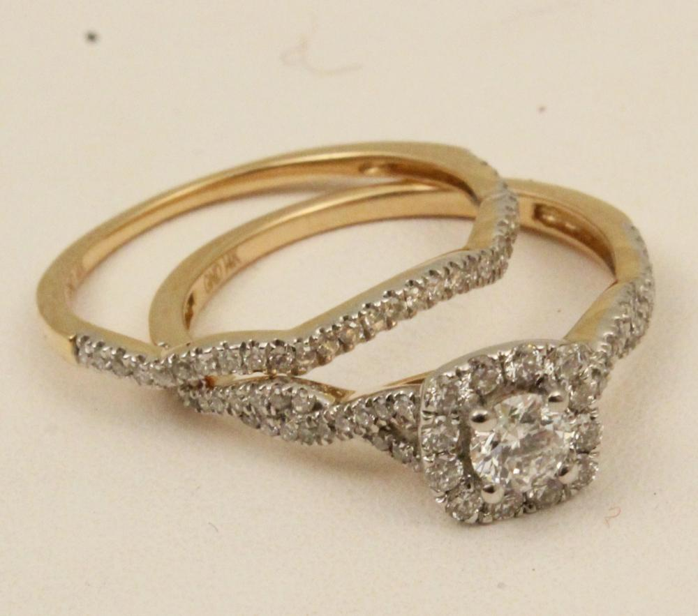 Lot 132: 14K YELLOW GOLD 2 PC. DIAMOND BRIDAL SET