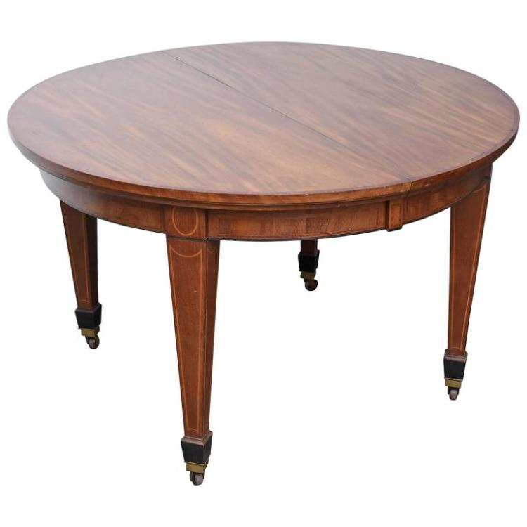 Superb 19th C.Edwardian English Solid Mahogany Round Dining Table with Two Leaf