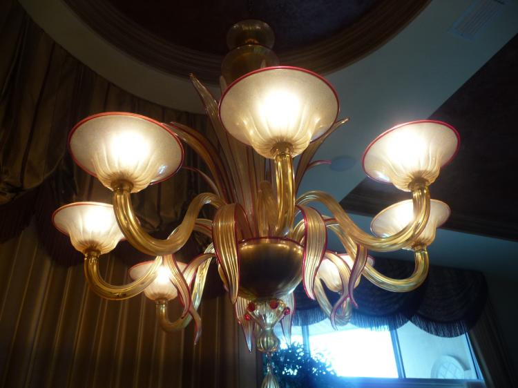 Exceptional Italian Murano Crystal 8 Light Chandelier