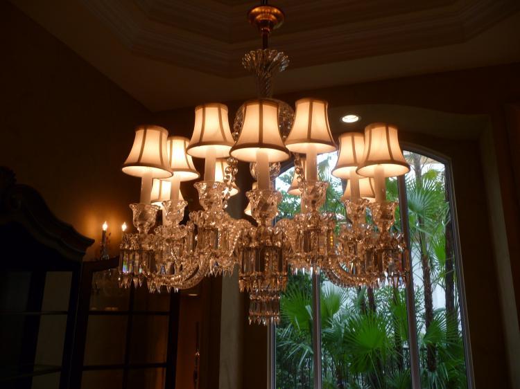 78 000 Mint Baccarat Crystal 12 Light Candle Chandeleir W