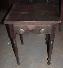 1840s Walnut East Tenn 1 Drawer Table
