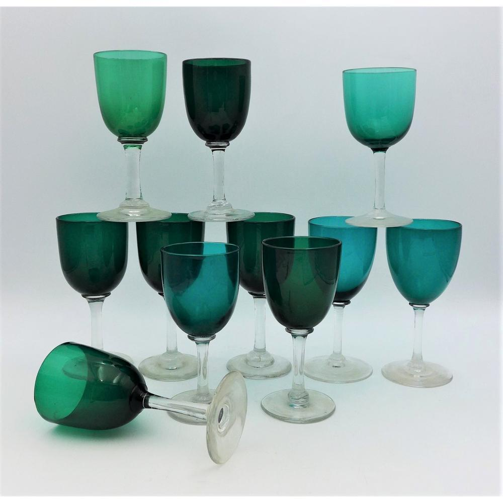 Group lot Victorian stemmed wine glasses - Emerald bowls with clear stems (