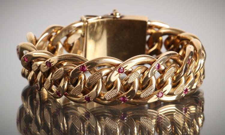 Vintage 18K Gold and Ruby Link Bracelet