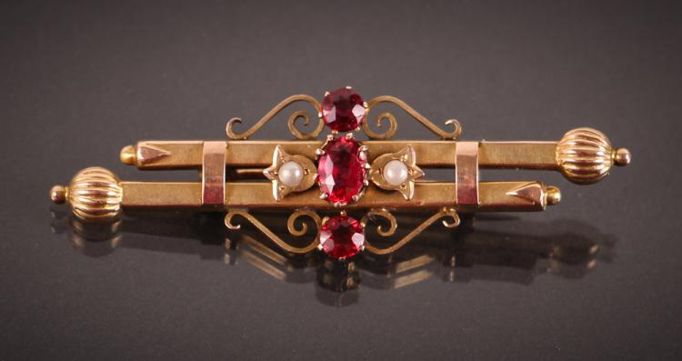 Edwardian Gold, Pearl, & Semi-Precious Stone Pin w Box