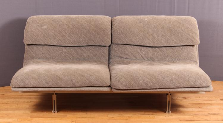 Giovanni Offredi Saporeti 2 Cushion Wave Sofa/Settee