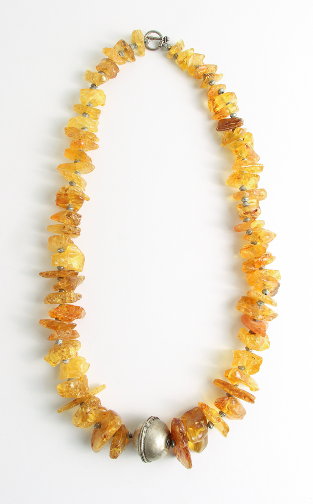Chunky Amber & Silver Tone Bead Necklace