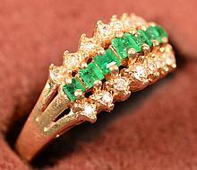 Emerald & Diamond Ring 10kt size 6