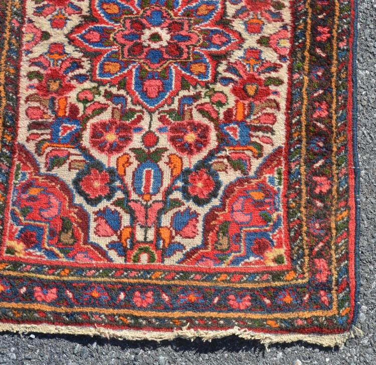 Vintage Floral Rugs: Antique Floral Pattern Oriental Small Area Rug