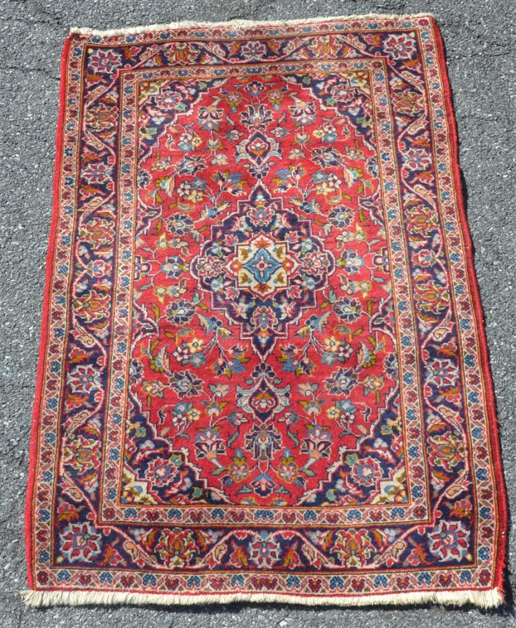 Center Medallion Floral Pattern Oriental Area Rug