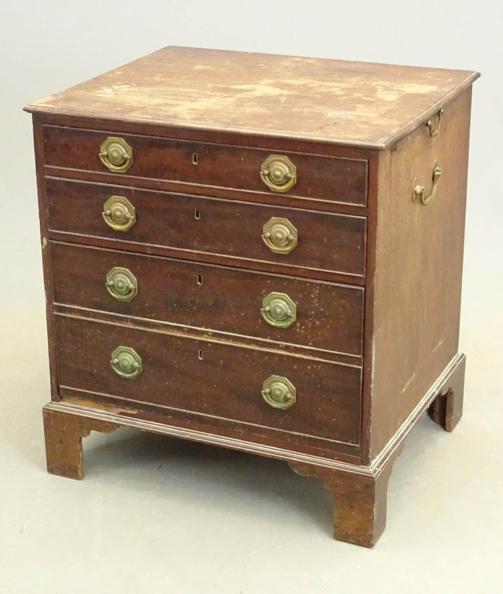 19th c. Bachelor's Chest of Drawers