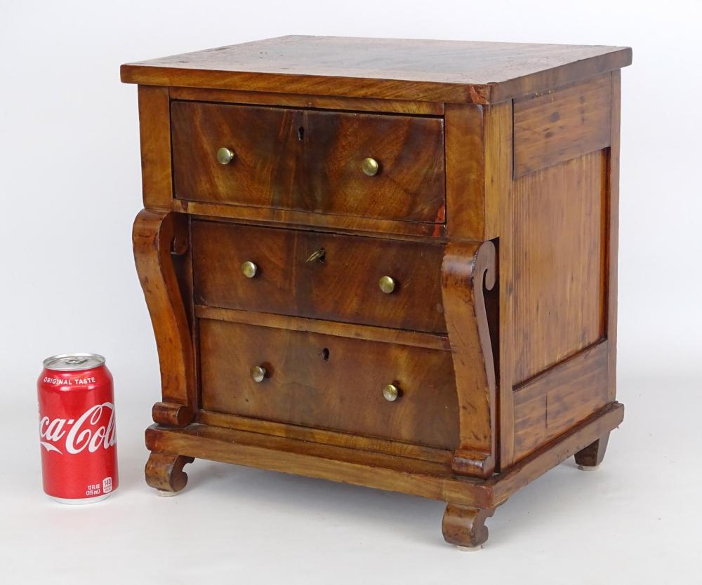 19th c. Miniature Butlers Desk