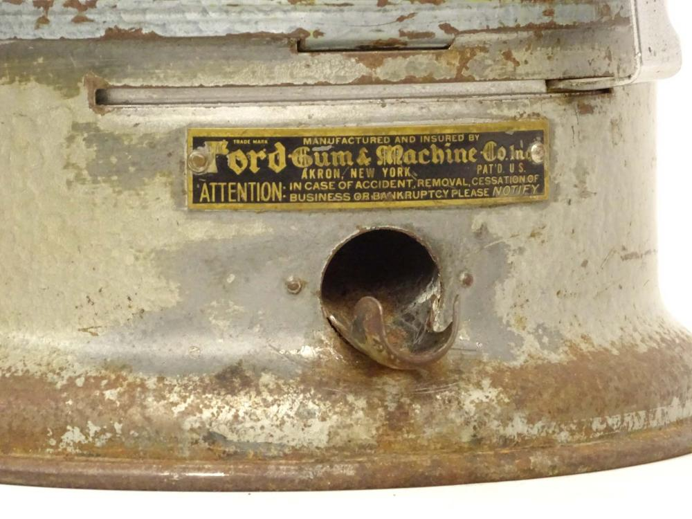 Lot 49: Vintage Gumball Machine
