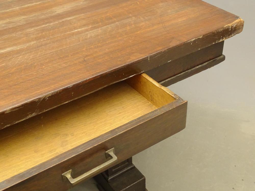 Lot 68: Mission Oak Table