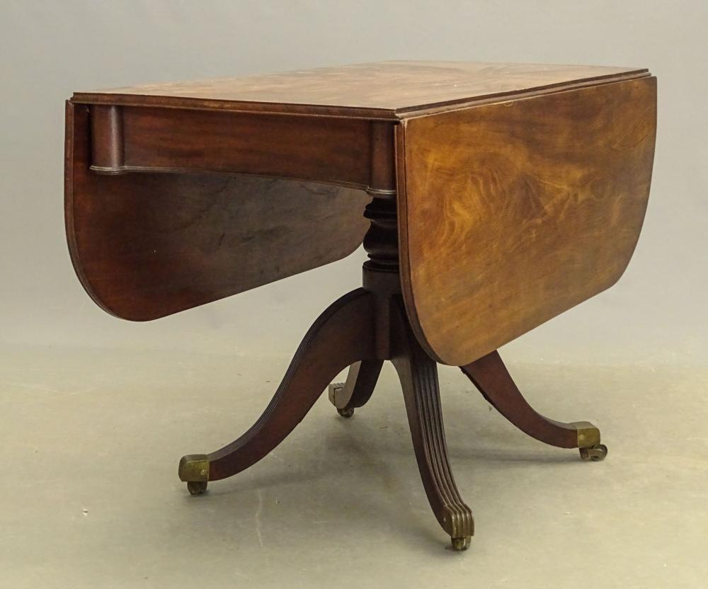 19th c. Mahogany Dropleaf Table