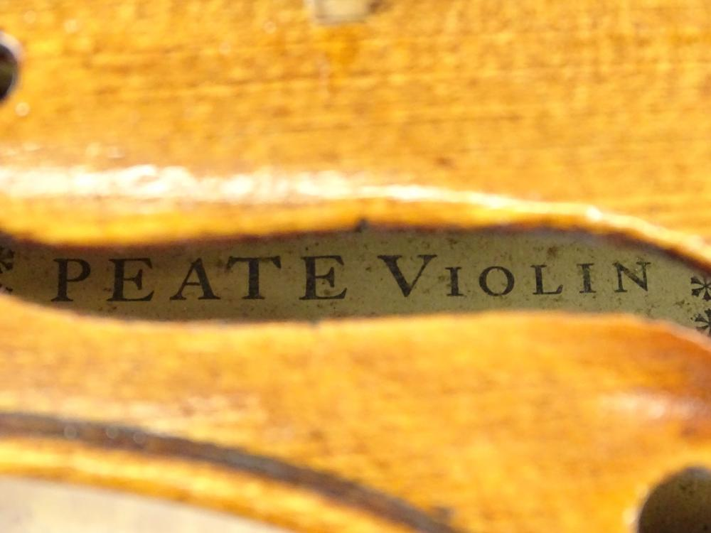 Lot 96: Violin