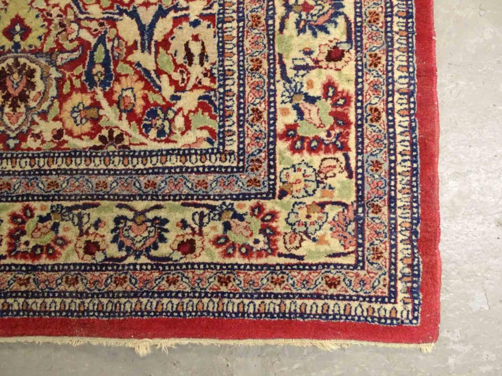 Lot 116: Roomsize Oriental Rug
