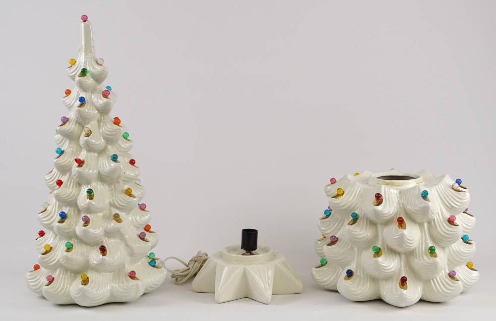 Lot 193: Vintage Light Up Ceramic Christmas Tree