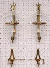 Lot 196: Pair Brass Wall Sconces