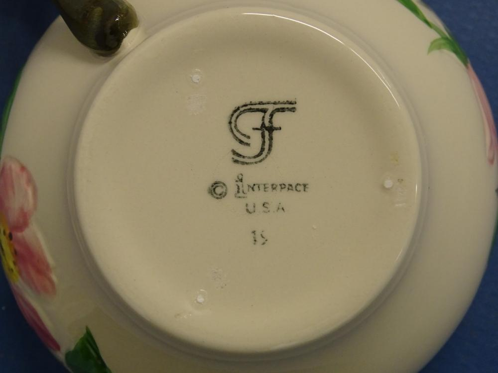 Lot 199: Franciscan Pottery