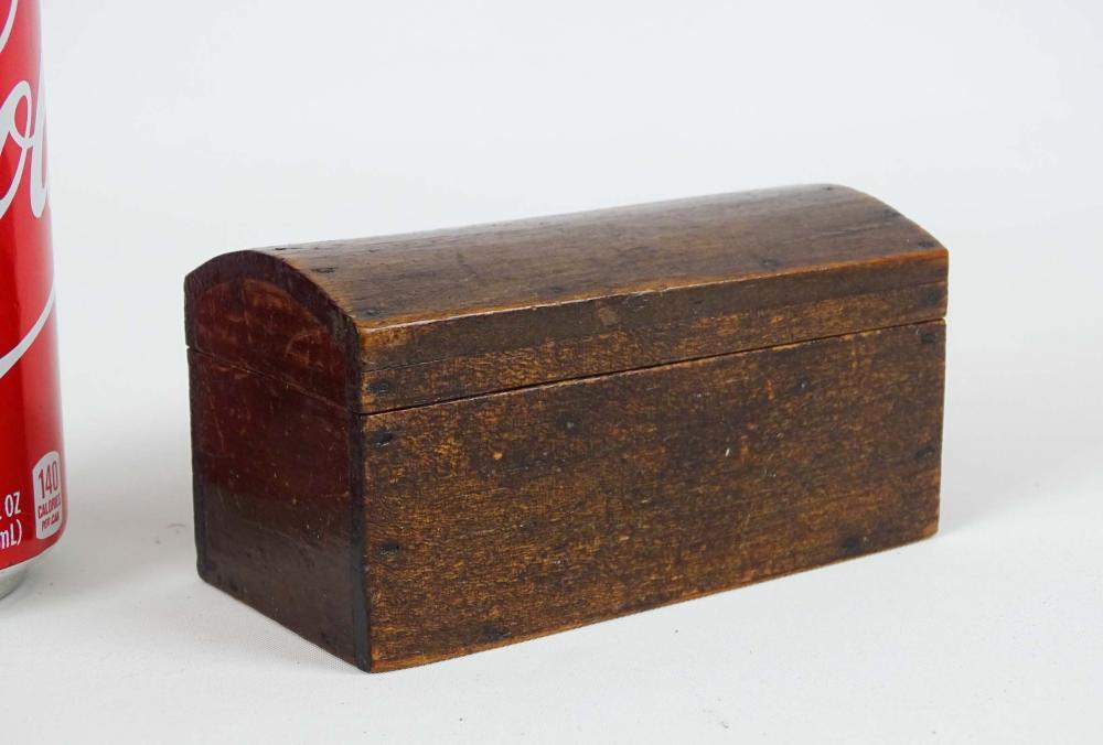 18th c. Miniature Dometop Box