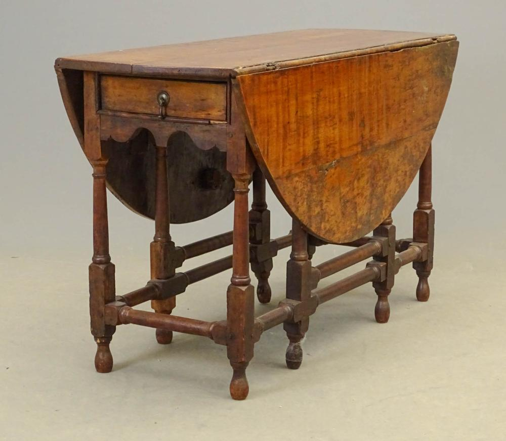 18th c. Gateleg Table
