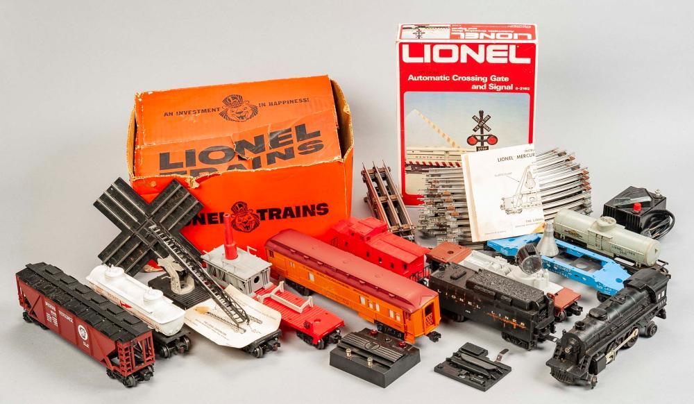 Lionel Train Set Incl 6413 Mercury Project Flat