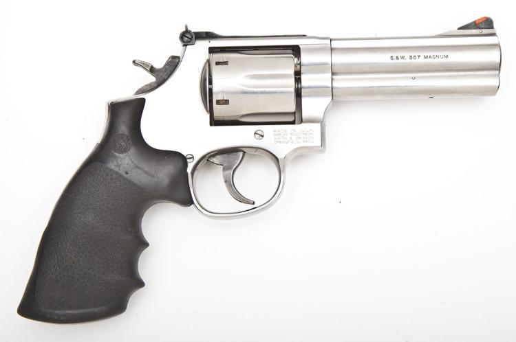 S&W Model 686-5 Revolver - .357 Magnum Cal.