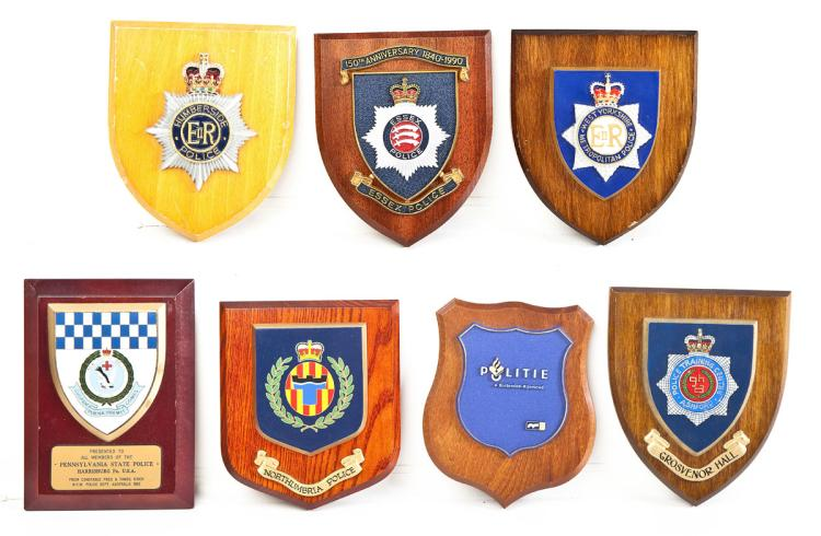 7 European Police Presentation Plaques