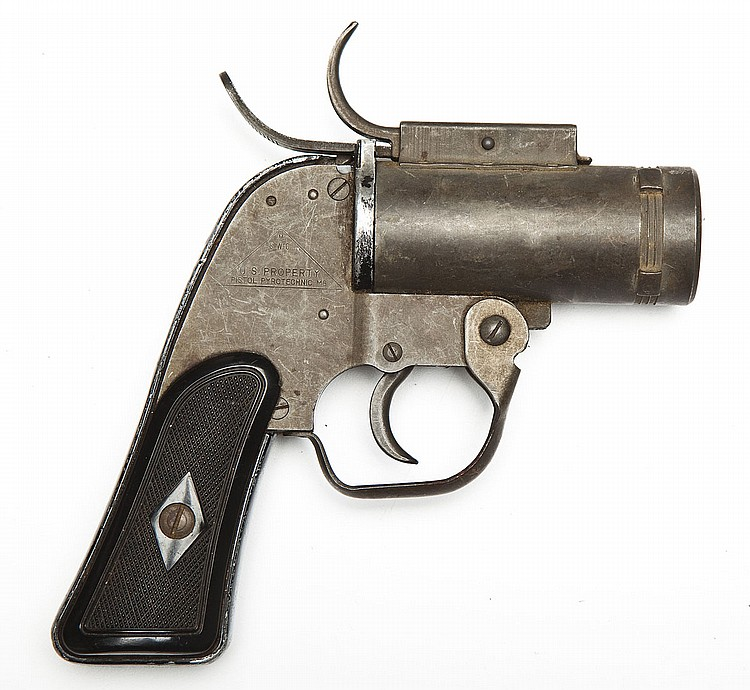 WWII US Pyrotechnic M8 Flare Pistol