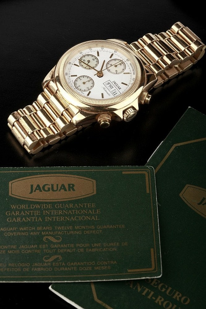 JAGUAR CHRONOGRAPH WRIST WATCH IN GOLD