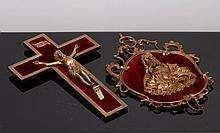CRUCIFIXO E SAGRADO CORAÇÃO DE JESUS