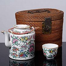 TEAPOT AND CUP IN CASE
