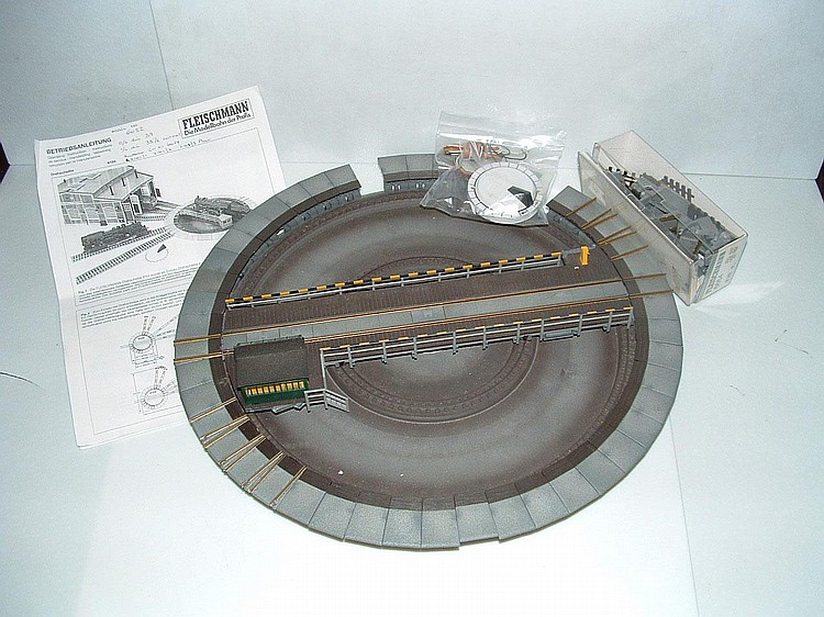 00 MODEL RAILWAY: FLEISCHMANN 6052 Turntable for