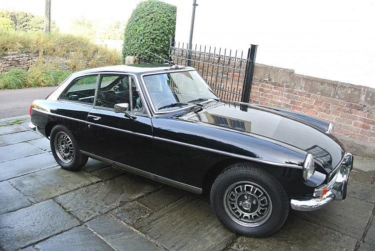 1975 MG BGT V8