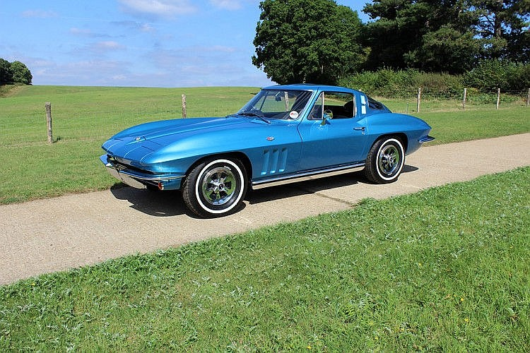 1964 Chevrolet Corvette Stingray One owner from new until 12/09/2011