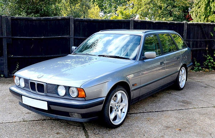 1994 BMW 525i X SE Automatic Touring – 4 wheel drive