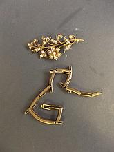 A Hallmarked 15ct gold and seed pearl brooch, and a 9ct gold bracelet, 14g total weight