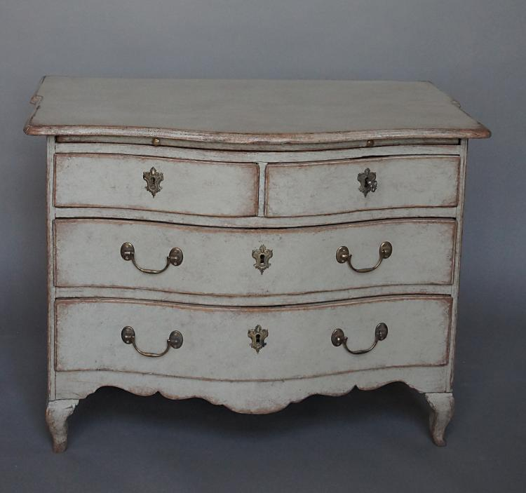 Swedish Baroque Chest of Drawers with Tray