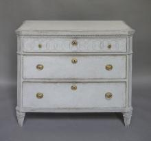 Neoclassical Chest of Drawers with Frieze of Interlocking Rings