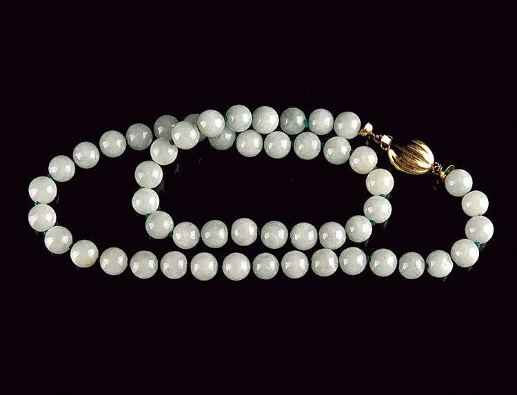A beautiful celadon jade necklace
