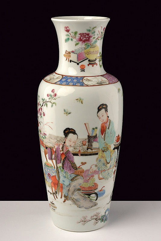 A magnificent famille rose baluster porcelain vase