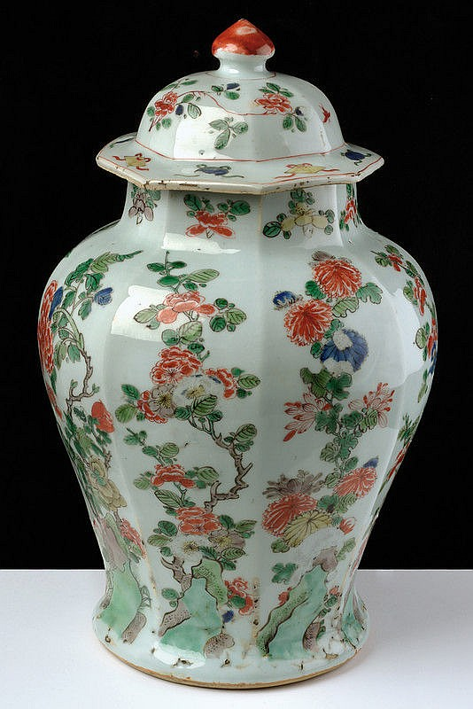 A beautiful and rare famille verte porcelain octagonal potiche