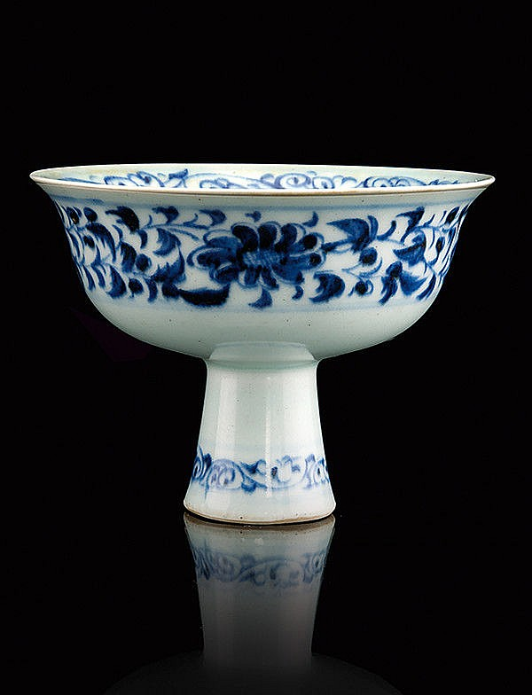 A beautiful and rare blue and white porcelain stem cup