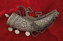 A beautiful silver powder flask , dating: circa 18