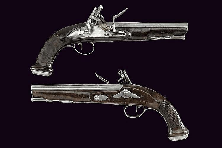 A pair officer's flintlock pistols