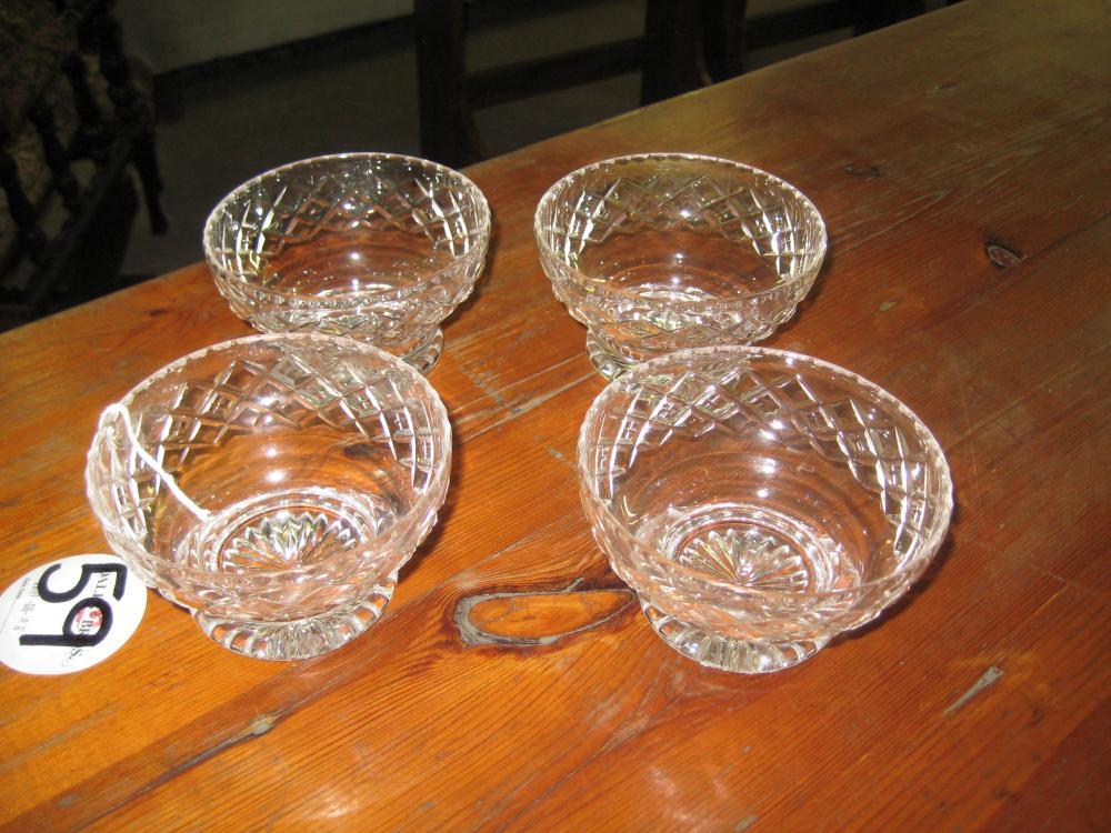 Bagley/sowerby/davidson Straightforward Art Glass Bowls X 2 Glass