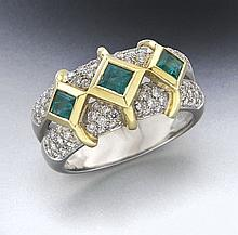 Carelle platinum, 18K, diamond and emerald ring