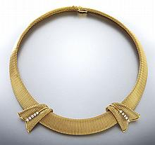 18K gold and diamond necklace/ brooch conversion