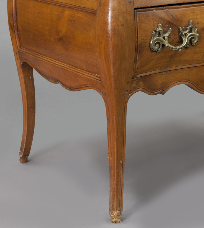 Country french bombe fruitwood commode - Commode profondeur 35 ...
